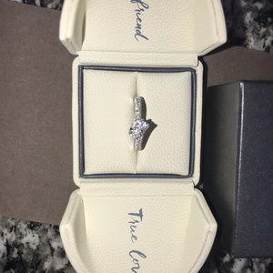 14karat white gold ring